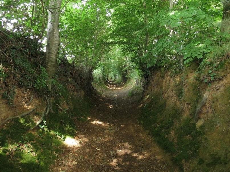 Ушедшие под землю древние дороги Европы
