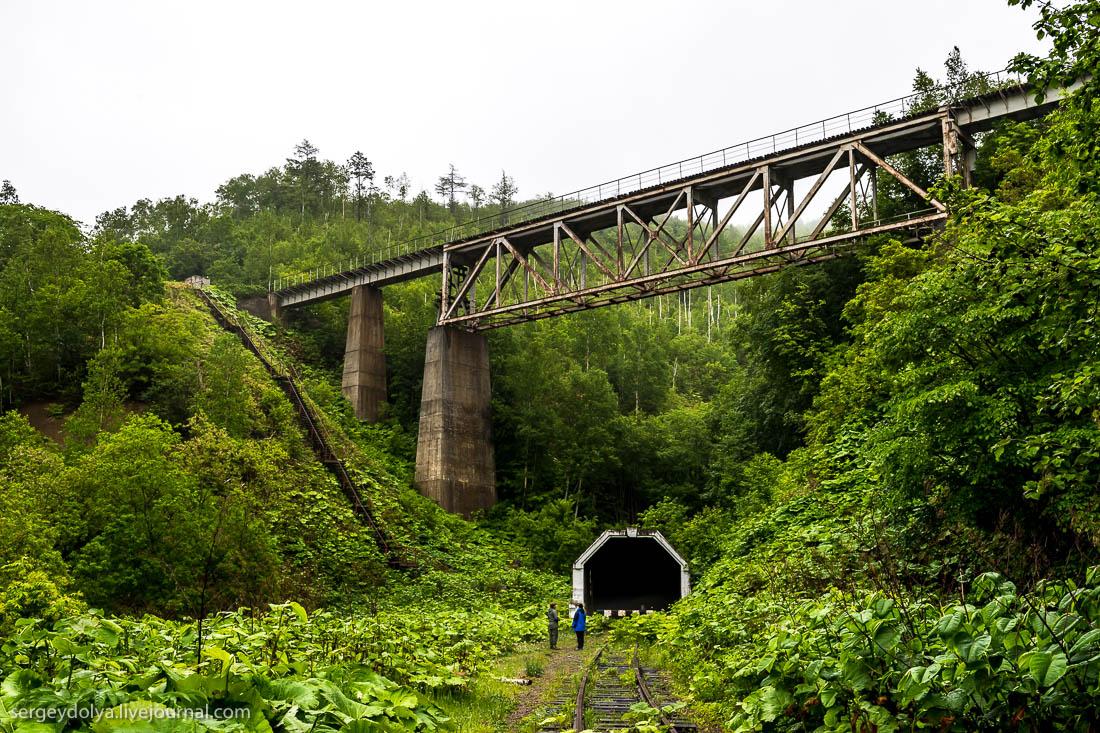 Чёртов мост и японское «метро» на Сахалине