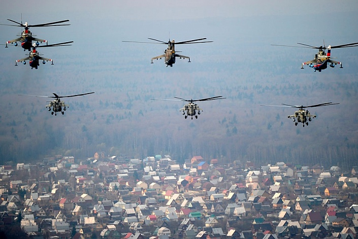 Опасность попадания в спутную струю вертолета