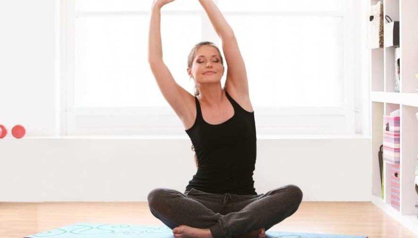 Как пользоваться скрытой гимнастикой, чтобы в любом месте оставаться в хорошей форме