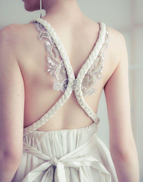 Крылатое платье