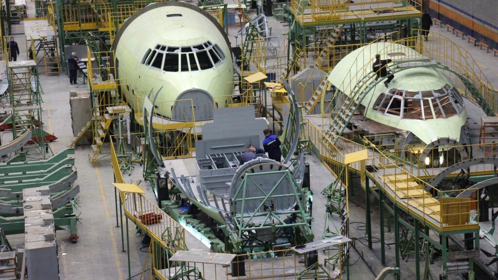 """""""Авиастар"""" ждет масштабная реорганизация. завод первым в россии начнет реализацию новой индустриальной модели развития"""