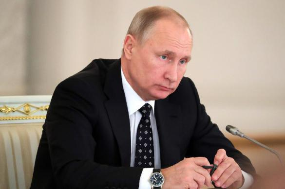 Западные СМИ констатируют: Путин берет контроль над миром