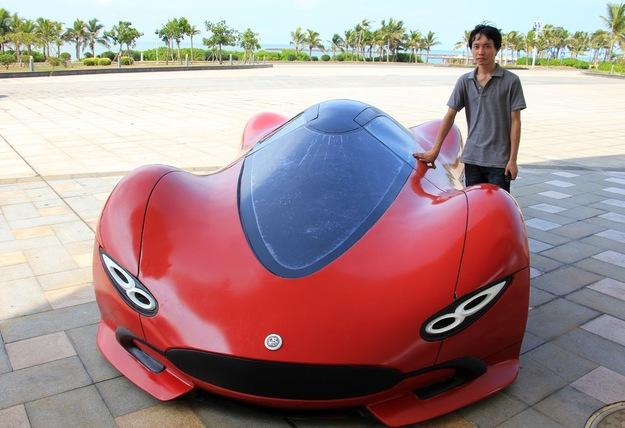 Шикарный автомобиль, созданный своими руками