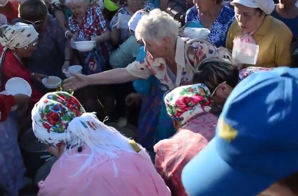 Жители Ижевска устроили давк…