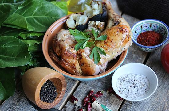 Курица на гриле в сметанном маринаде с укропом