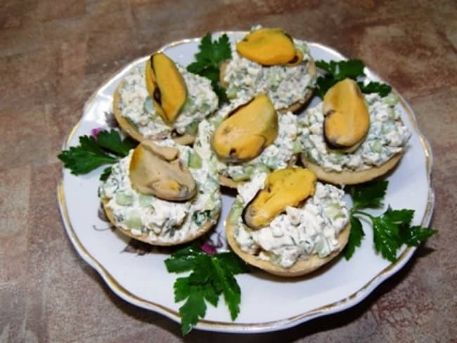 15 закусок на праздничный стол — простые и вкусные рецепты с фото канапе, тарталетки, бутерброды, из лаваша