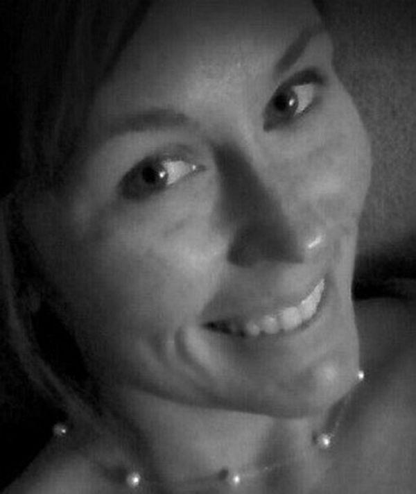Она погибла, отправляя сообщение за рулем. Слова этой женщины поразили весь Интернет...