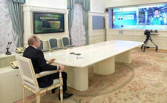 Владимир Путин запустил газопровод Бованенково — Ухта-2 и нефтепроводы Заполярье — Пурпе и Куюмба — Тайшет (ФОТО)