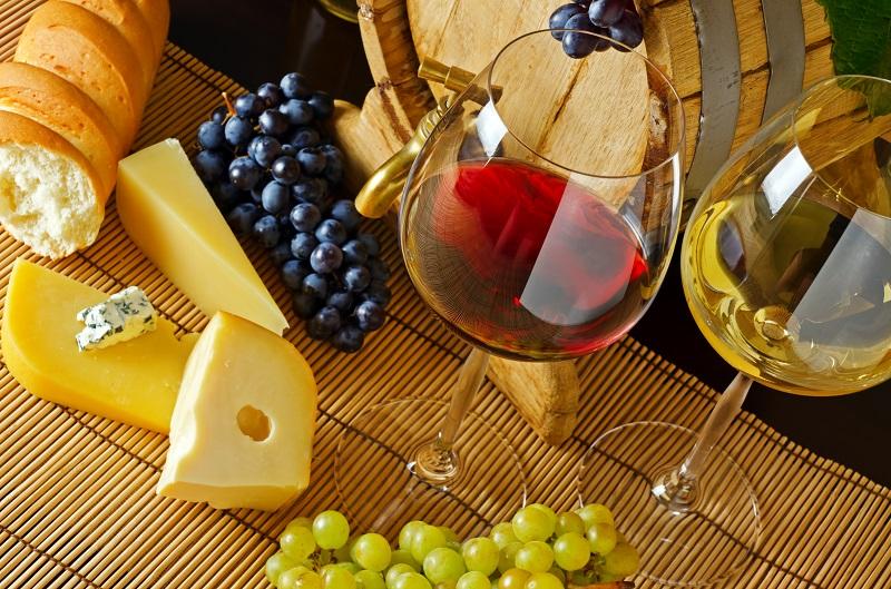 Почему нужно брать самое дешевое вино, объяснение сомелье.
