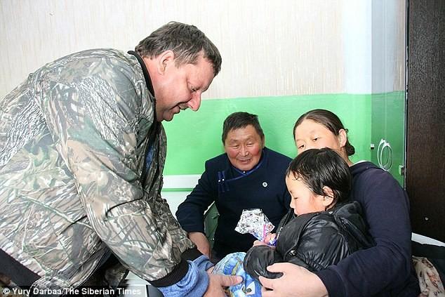 4-летняя девочка привела помощь к родным через зимнюю тайгу! дети, невероятно, поход, тайга