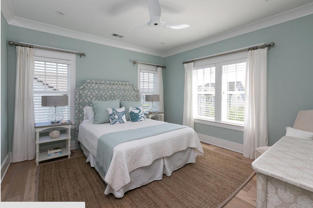 серо-белая спальня
