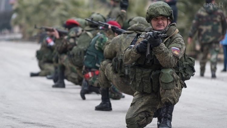 ВС РФ учат военную полицию САР держать автоматы и работать под прикрытием