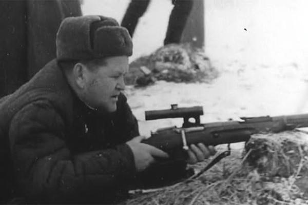 Снайпер Василий Зайцев - знаменитая дуэль с немецким асом