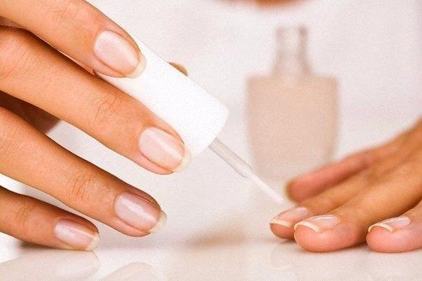 Слоятся ногти? Лучшие рецепты для укрепления ногтей: