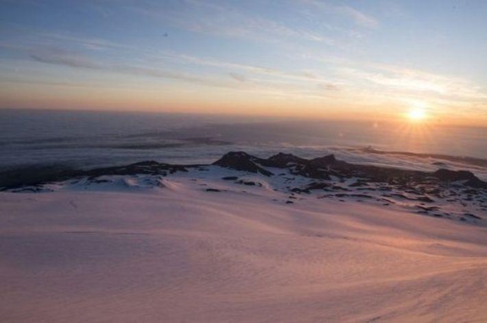 10 гор и пещер, связанных с деятельностью инопланетного разума