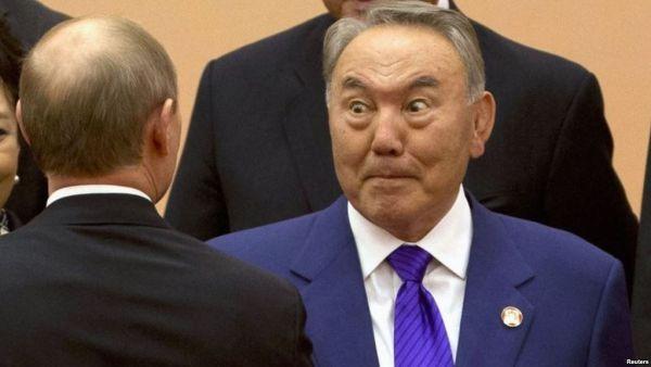 Назарбаев пошел по стопам Януковича