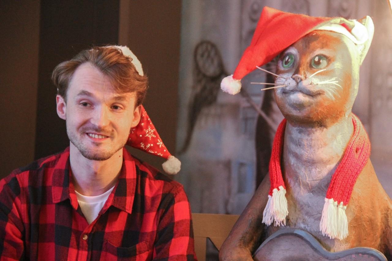 Театралы и коты Петербурга помогают людям «найти своего Боба»