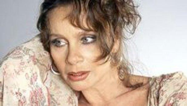 skonchalas-aktrisa-polishuk