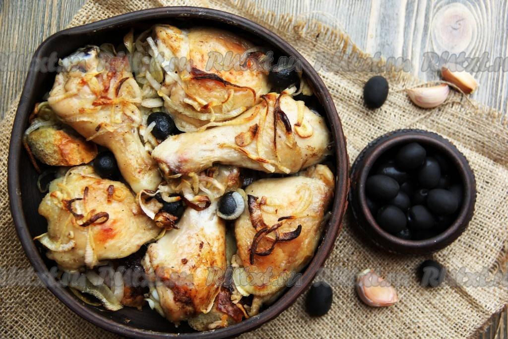 Курица, запеченная на хлебе