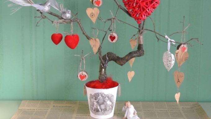 День всех влюбленных: как красиво и недорого украсить квартиру к 14 февраля