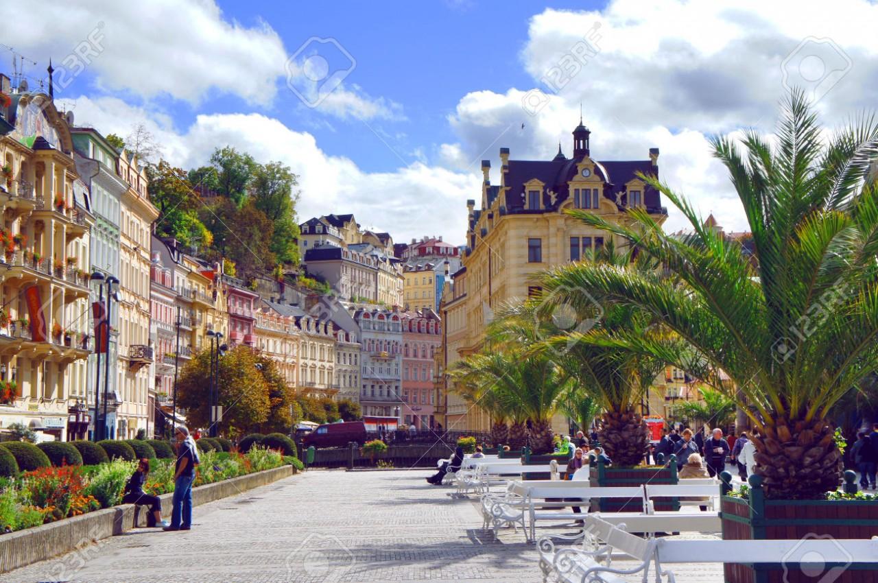 16 - 21 сентября = 280 евро АРЕНДА квартиры в ЦЕНТРЕ чешского курорта КАРЛОВЫ ВАРЫ