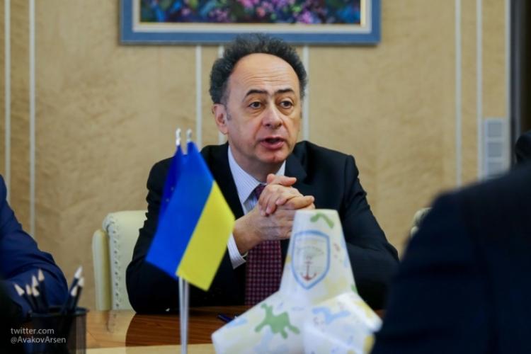 Нож ЕС в спину Украине: Европа напомнила Киеву, что такое демократия