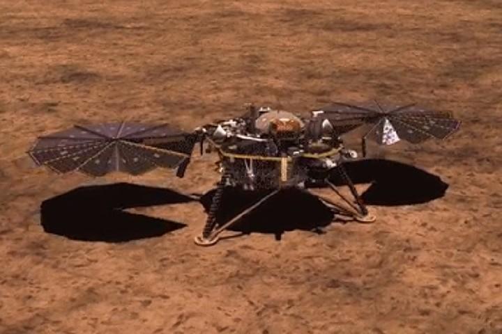 Зонд InSight сделла первые селфи на Марсе