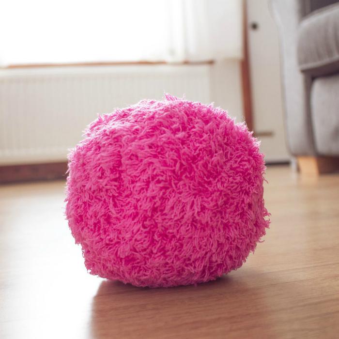 Роботизированный шар-пылесос Mocoro.