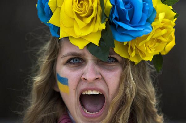 Украинка в прямом эфире устроила скандал из-за Крыма