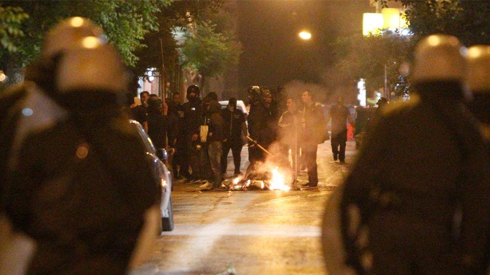 ВГреции демонстранты напали…