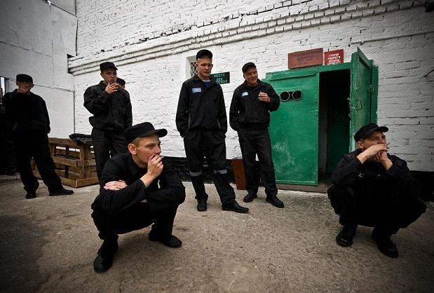 Кого называют «чертями» в российской тюрьме