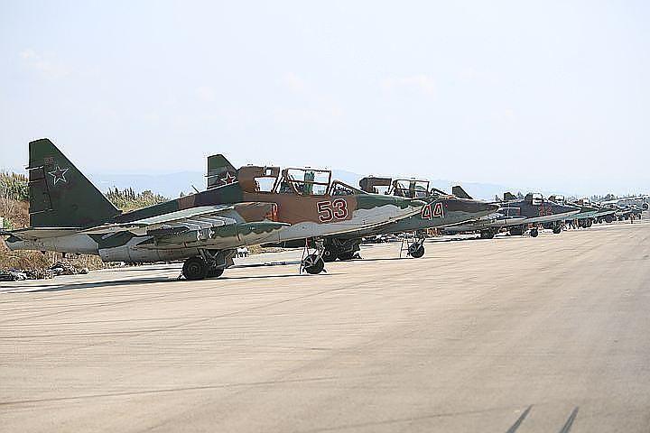 Владимир Путин подписал закон о размещении авиагруппы ВКС РФ в Сирии