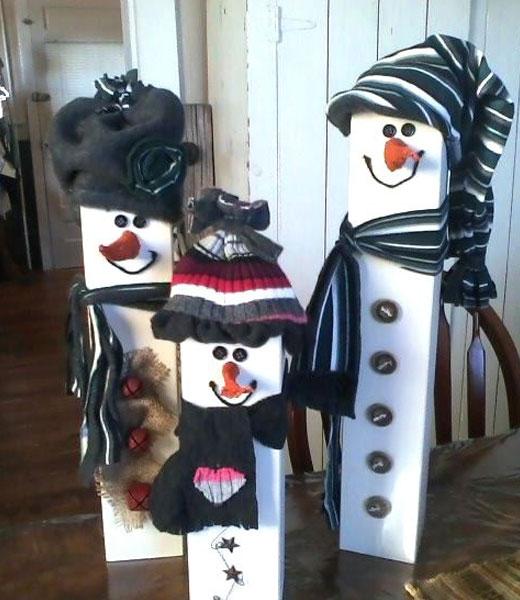 снеговики из бруса