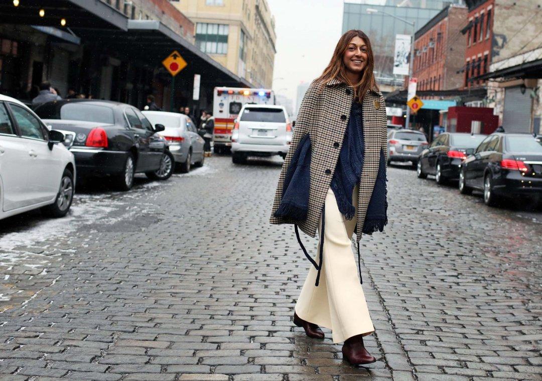 Как носить широкие брюки зимой: советы для самых стильных