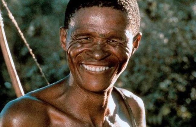 Как сложилась жизнь бушмена Нкъхау, который сыграл главную роль вфильме «Наверное боги сошли сума»