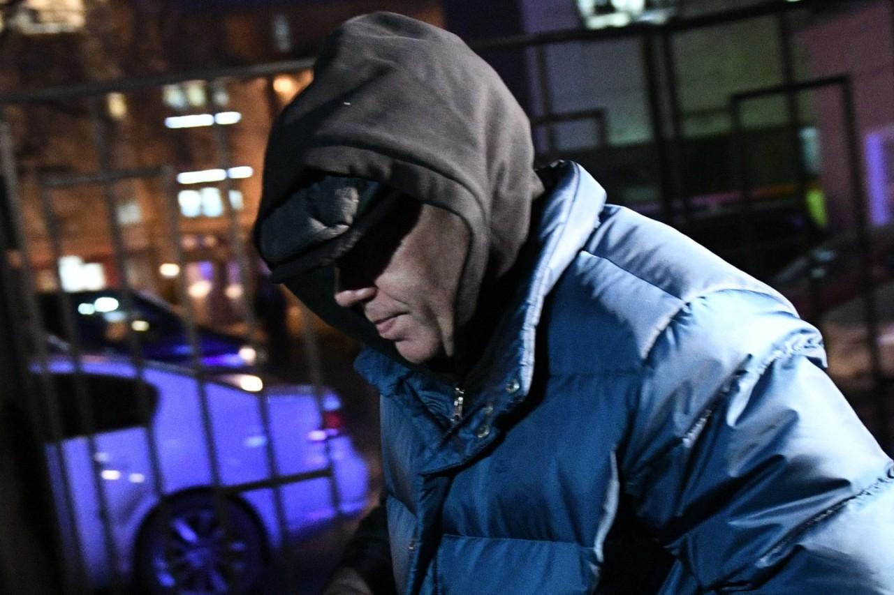С миру по нитке-правительству бюджет: У сына генерала Лопырёва арестовали 63 млн рублей и 1 млн евро