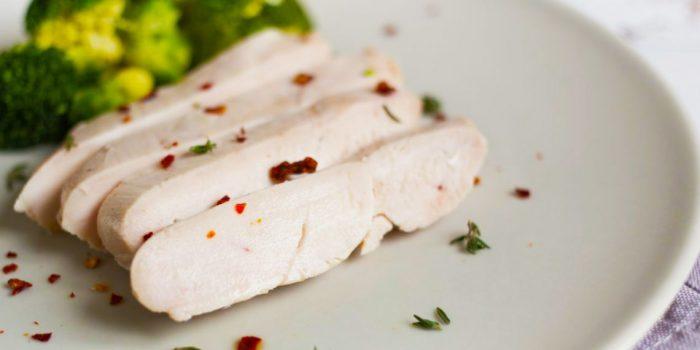 Куриное филе для бутербродов без хлеба.  Фото: irecommend.ru.