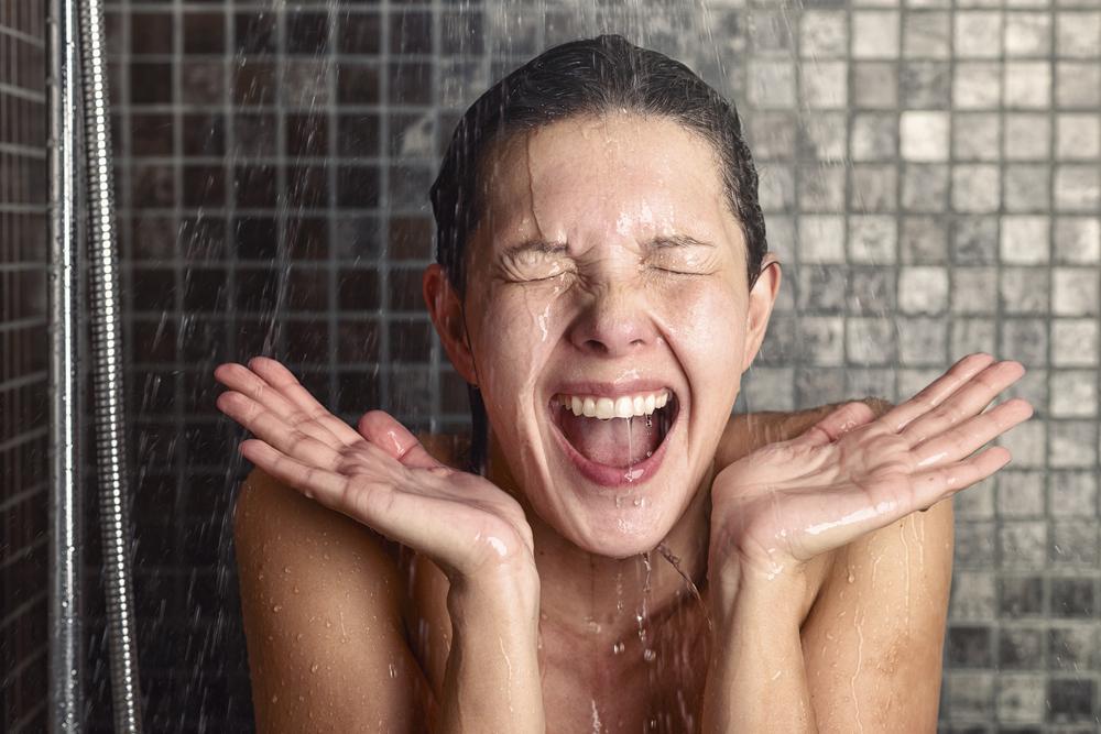 8 мест на твоем теле, которые не помешало бы мыть почаще