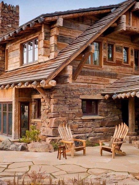 Прекрасный дом в лесу
