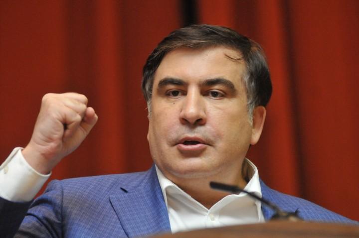 Саакашвили рассказал, на чём ещё наживается Порошенко