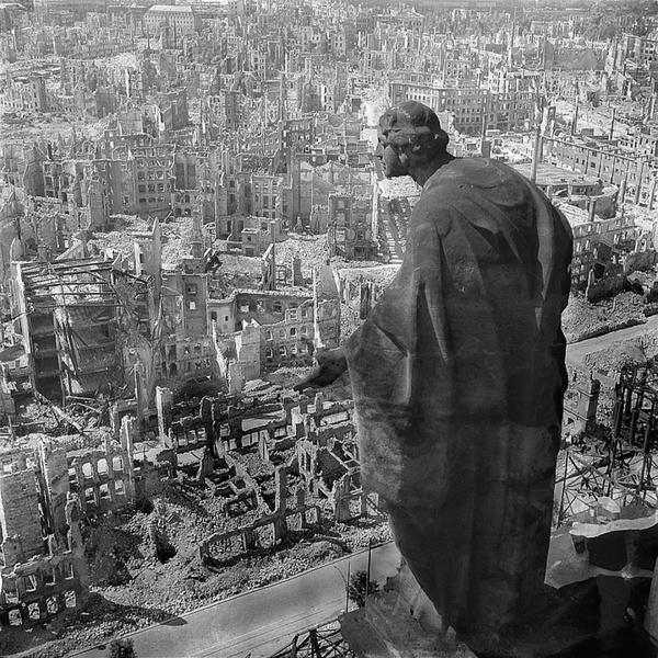 Бомбардировка Дрездена: возд…