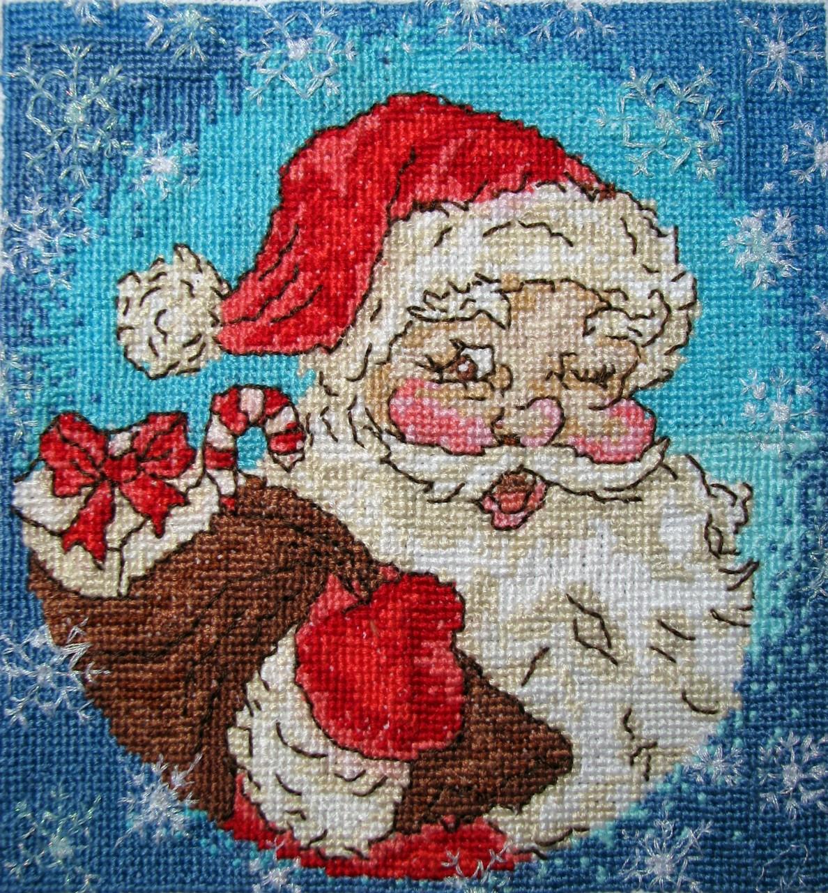 Вышивка крестом картин с изображением Деда Мороза