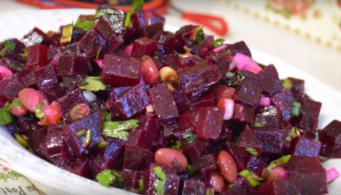 Замечательный салат из свеклы