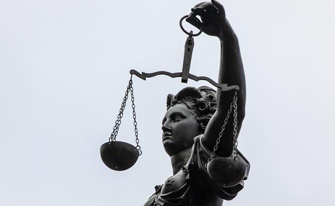 Закон нелеп, но он – закон