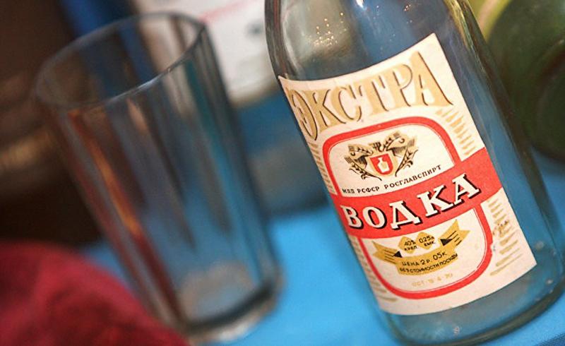 15 гениальных идей использования спирта в быту
