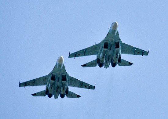 В Минобороны рассказали о разведактивности самолетов у воздушных границ РФ