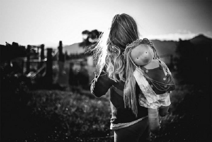 Дети без гаджетов — 15 монохромных фотографий о счастливом детстве