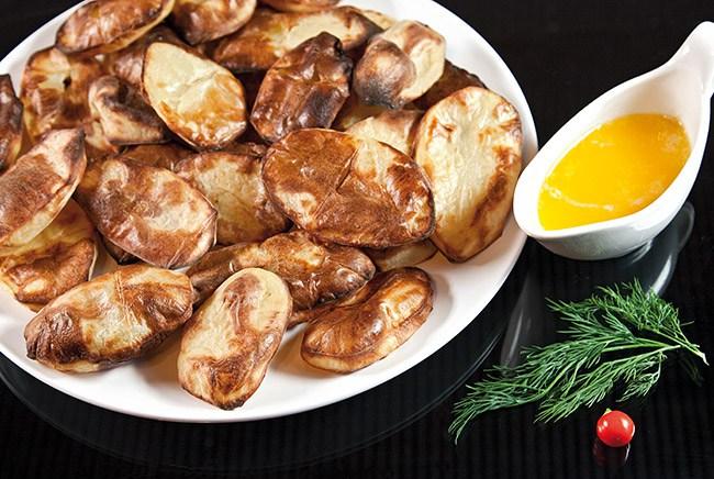 Картофель, запеченный на решетке