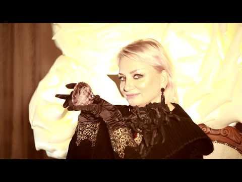 «За Путина»: Тюменская певица не побоялась опубликовать песню в поддержку президента